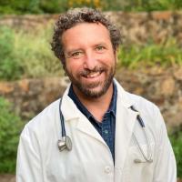 Dr.Levett